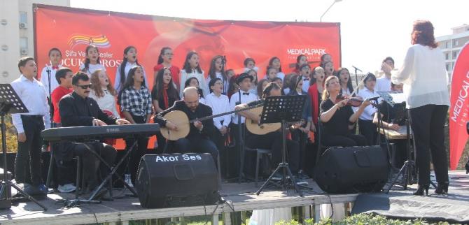 Şifa Veren Sesler'den 'Cumhuriyet Konseri'