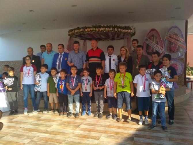 Bozyazı'daki satranç turnuvası sona erdi