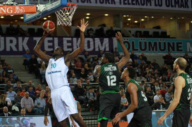 Türk Telekom zorlu maçtan galibiyetle çıktı: 85-70
