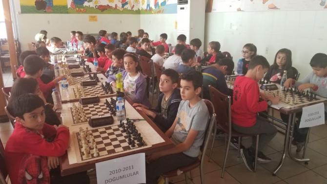 Cumhuriyet satranç turnuvası düzenlendi