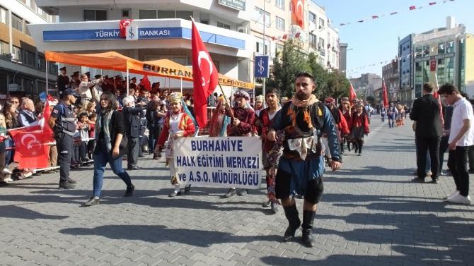 Burhaniye'de Cumhuriyet Coşkusu
