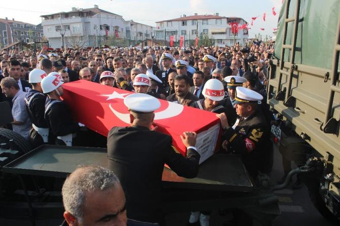 Piyade Teğmen Kamuran Ablak, Kocaeli'den son yolculuğuna uğurlandı