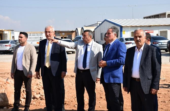 Milletvekilleri, lisanslı depoculuk inşaatında incelemelerde bulundu