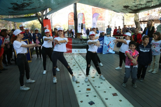 Odunpazarı Belediyesi çocuk felcine dikkat çekti