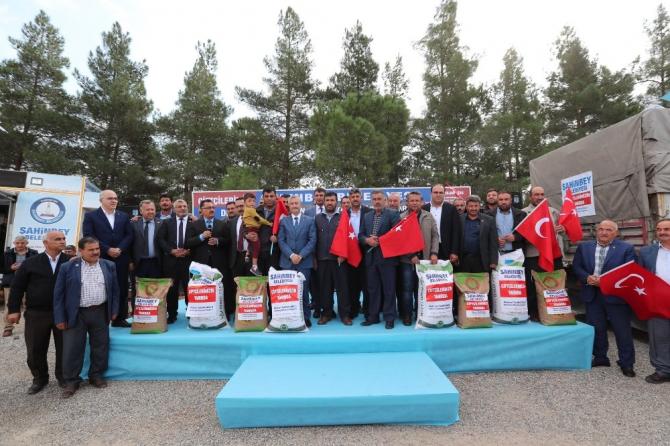 Şahinbey Belediyesi'nden çiftçilere 6 ton tohum desteği