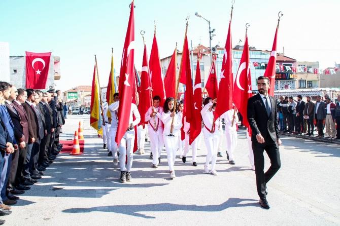 Yunak'ta Cumhuriyet Bayramı çeşitli etkinliklerle kutlandı