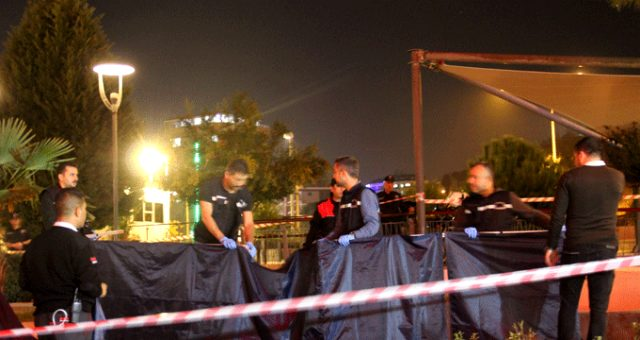 Polis dehşet saçtı ! İki kişi ağır yaralı