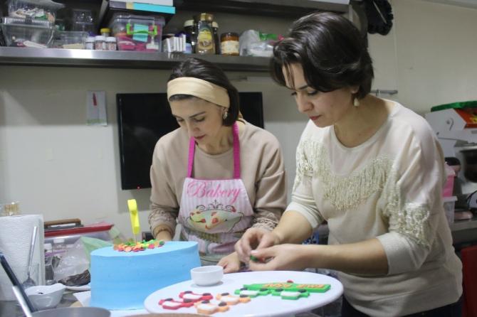 Çocukluk hayali uğruna mesleğini bıraktı 'pastacı' oldu