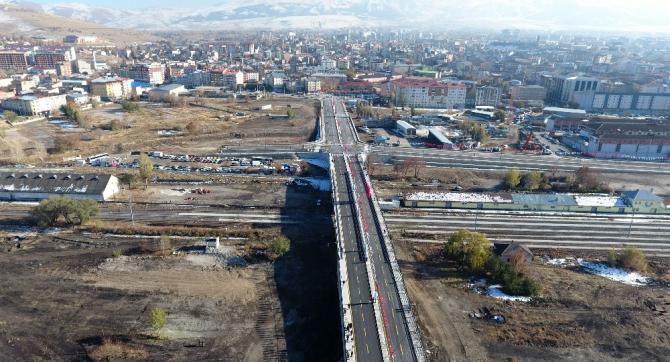Büyükşehir'in dev yatırımı: Barış Pınarı Viyadüğü