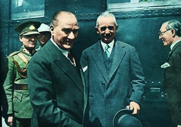 10 Kasım'a özel video! Atatürk'ün ilk kez izleyeceğiniz görüntüleri