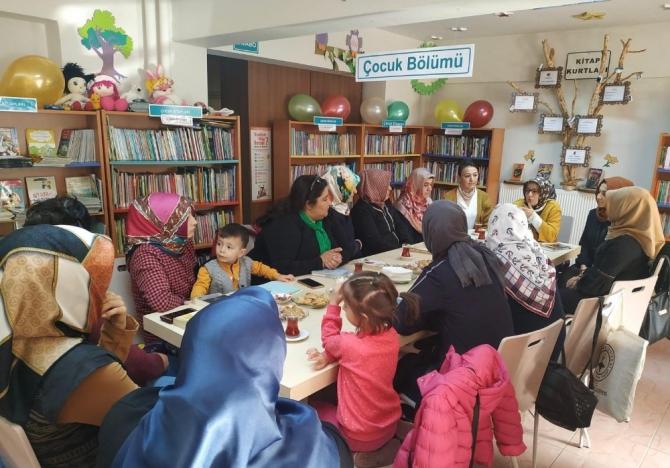 """Kızılcahamam'da """"Kütüphanede çay -kitap- sohbet"""" etkinliği"""