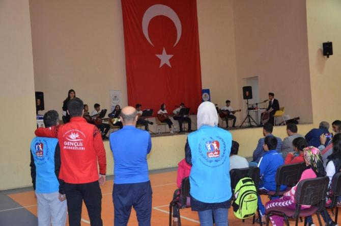 Ergani'de gençlik konseri