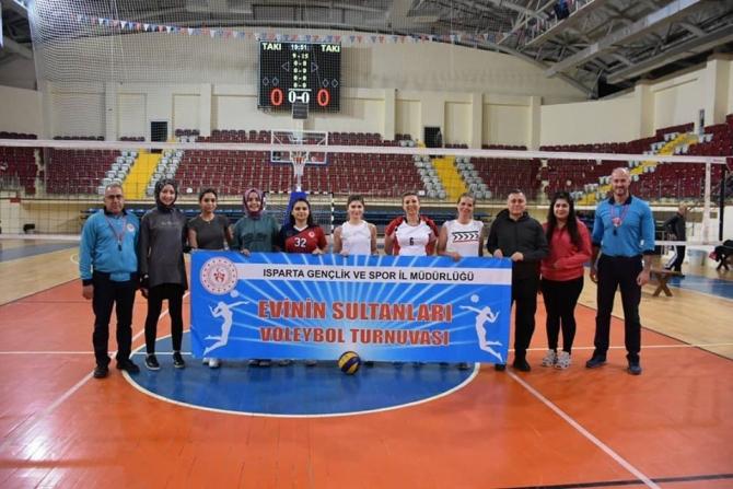 Evinin Sultanları Voleybol Turnuvası başladı