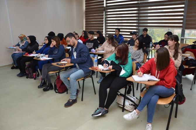 Kağıthane Belediyesinden eğitime destek