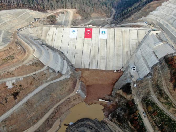 Sapanca Gölü'ne alternatif içmesuyu kaynağı Akçay Barajı'nda su tutulmaya başlandı