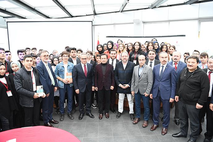 Tuzla'da gençler, Genç Liderler Akademisi ile geleceğe adım atıyor