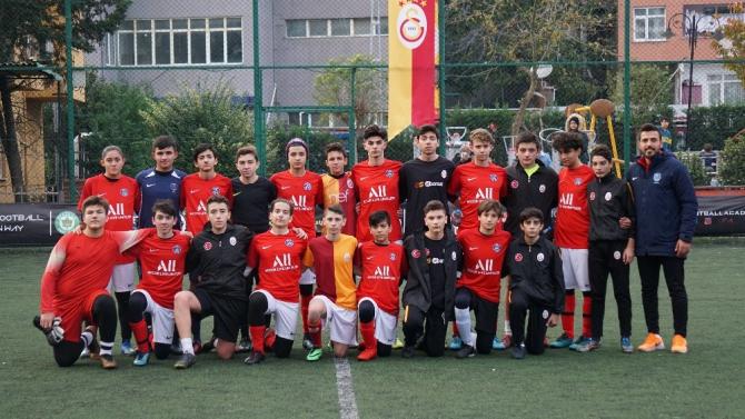 PSG Academy Bursa GS Ayazağa ile dostluk maçında buluştu