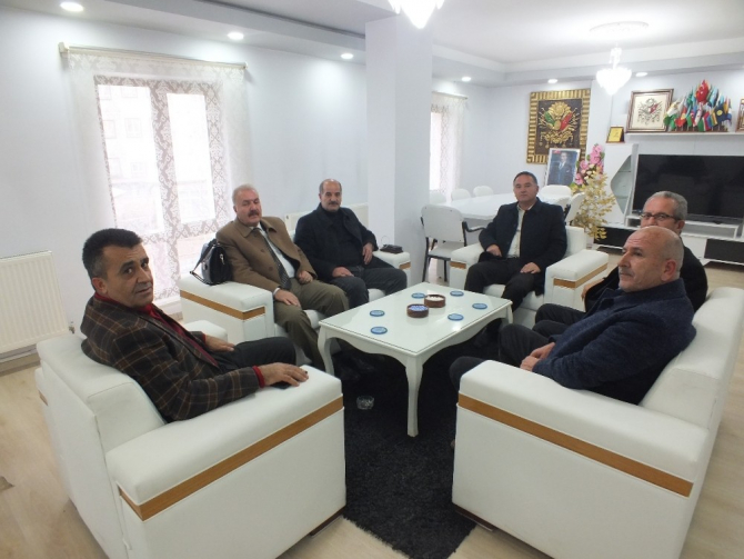 AK Partili Bulut'tan Malazgirt Ziraat Odasına ziyaret