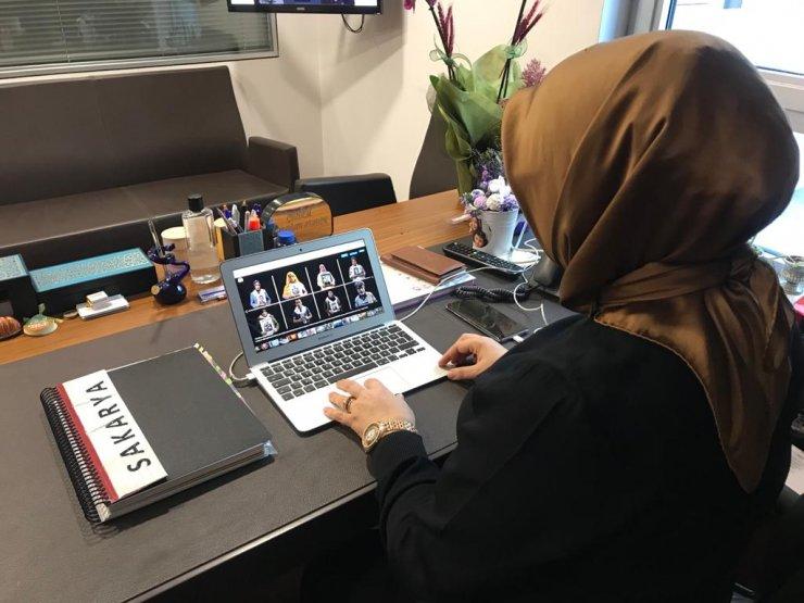 """AK Parti Sakarya Milletvekili Atabek, AA'nın """"Yılın Fotoğrafları"""" oylamasına katıldı"""
