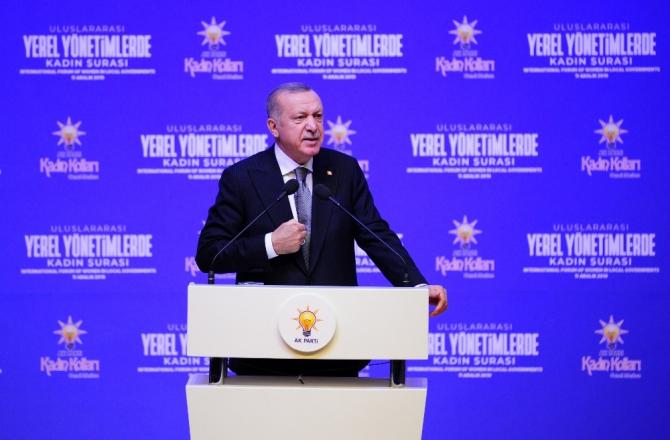 """Cumhurbaşkanı Erdoğan: """"Çalışmak kadının aile içindeki önemine ortadan kaldırmaz"""""""