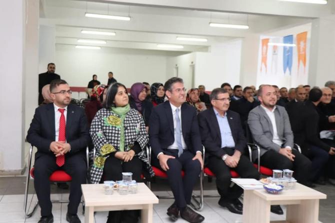 Gölpazarı'nda Yerel Yönetimler Çalıştayı yapıldı