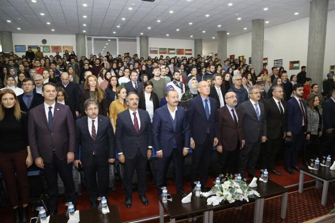 KAYÜ'de 'Türk-İslam Medeniyetinin Dünya Medeniyetlerine Katkıları' Konulu Panel Düzenlendi