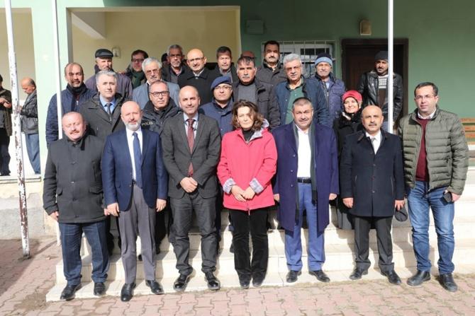 """Başkan Çolakbayrakdar: """"Mahallelerin kimliğini koruyacak projeler geliştiriyoruz"""""""