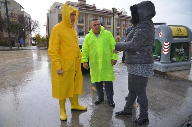 Kuşadası Belediyesi kış sezonu hazırlıkları aralıksız sürdürüyor