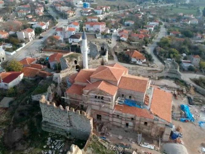 Fatih Sultan Mehmet Han tarafından camiye çevrilmişti, yeniden ibadete açılacak