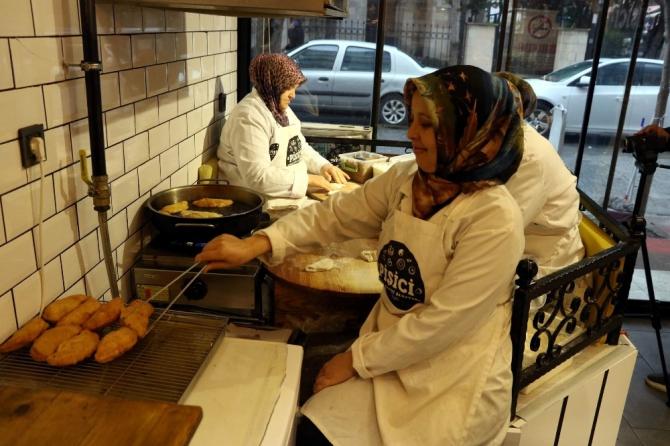 'Pişi', ev kadınlarını meslek sahibi yaptı, siparişlere yetişemiyorlar