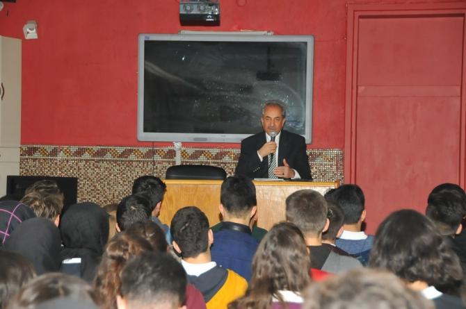 Başkan Akkaya öğrencilerle buluştu