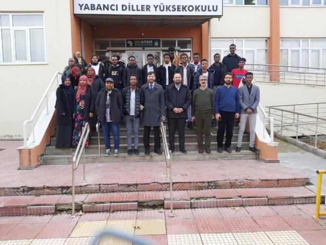 Afrikalı öğrencilerle kültürel iş birliği