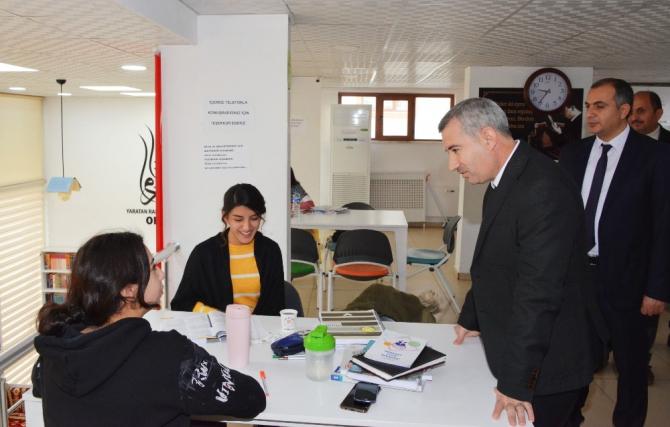 Başkan Çınar Millet Kıraathanesinde