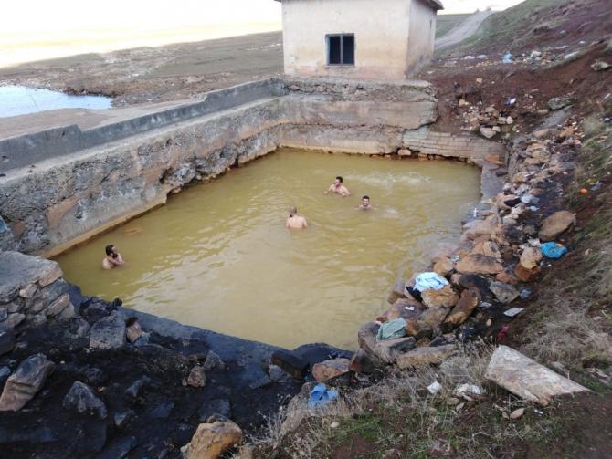 Güroymak halkı kaplıca için tesis istiyor