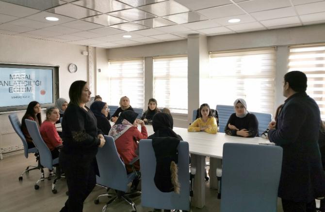 Lise öğrencilerine 'Masal ve Hikaye Anlatıcılığı' eğitimi