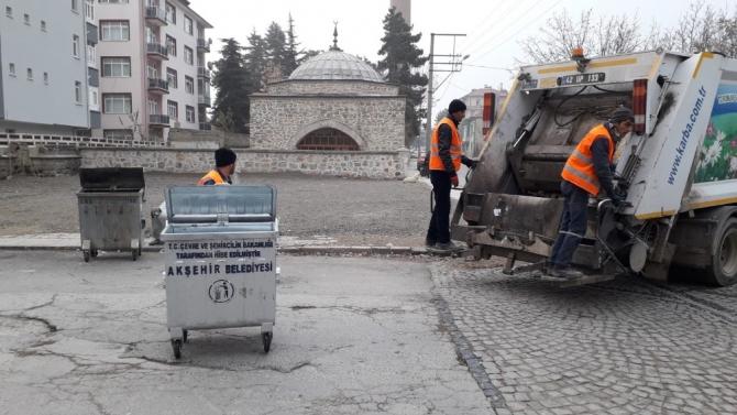 Akşehir'de çöp konteynerleri yenileniyor