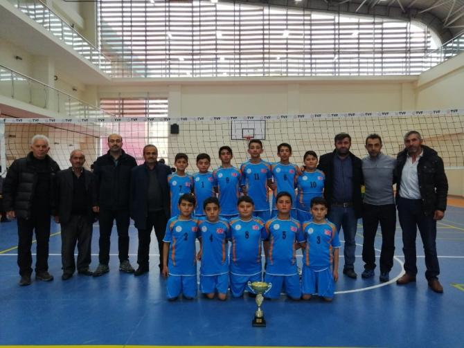 Köy okulu voleybolda Nevşehir şampiyonu oldu
