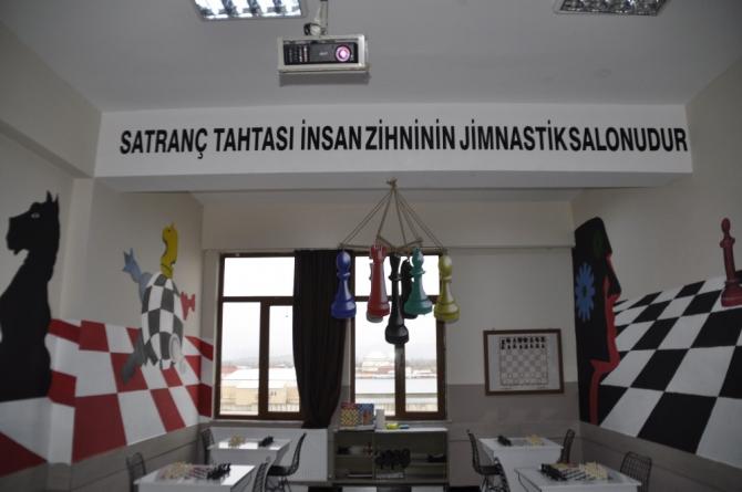 Şuhut'ta Satranç Atölyesi açıldı