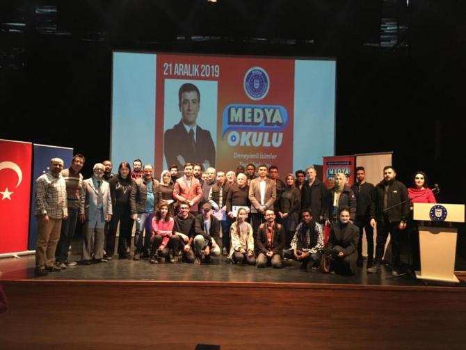 Medya Okulu'nun konuğu; Rasih Turanoğlu