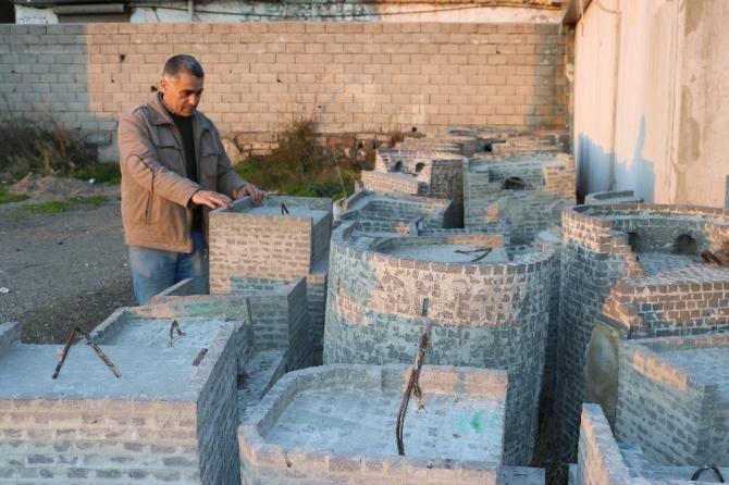 İlkokul mezunu vatandaş, Diyarbakır surlarının minyatürünü yapıyor