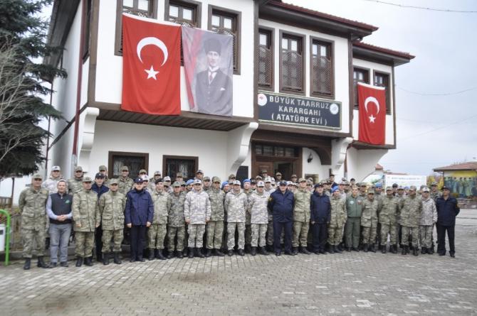 Genelkurmay Başkanlığı askeri personellerinden Atatürk Evi'ne ziyaret