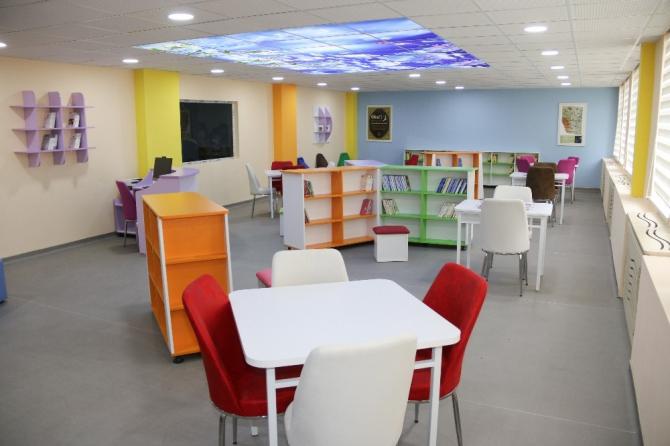 Yahyalı'da 'Z-Kütüphane' açıldı
