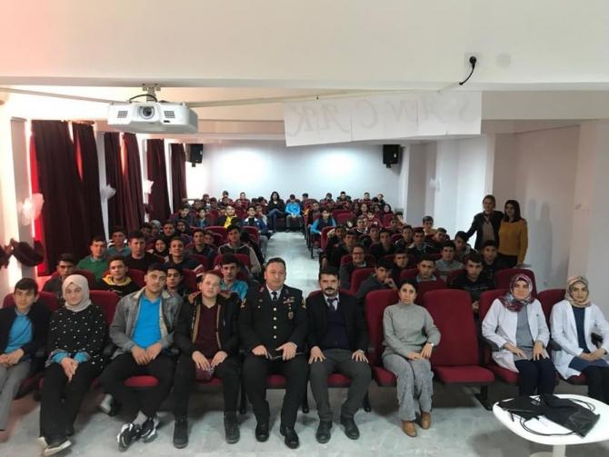 Lise öğrencilerine Jandarma anlatıldı