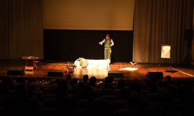 Milli şair Mehmet Akif Ersoy, vefatının 83. yıl dönümünde anılıyor