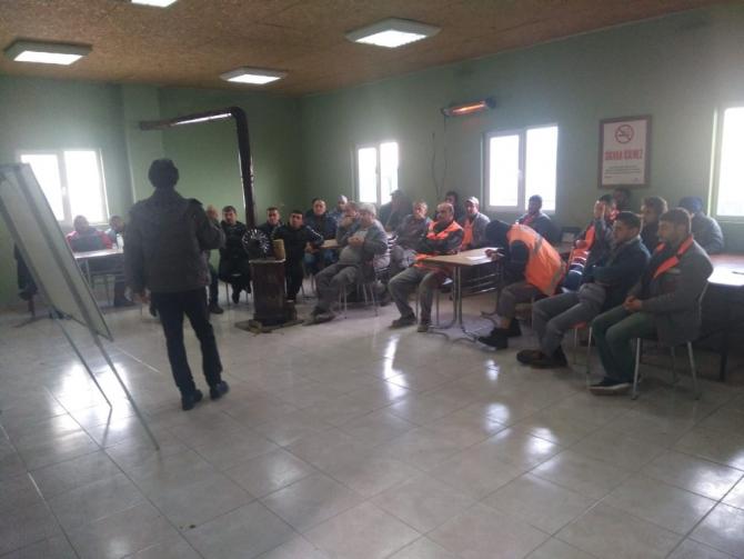 """Pursaklar Belediyesi personeline """"iş sağlığı"""" güvenliği semineri"""