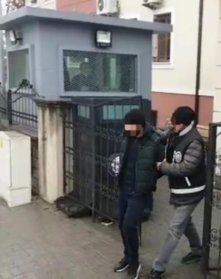 4 ayrı ikametten televizyon çalan 3 şüpheli gözaltına alındı