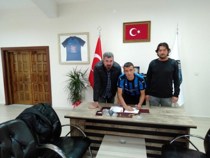 Murat Karadeniz Karacabey Belediyespor'da