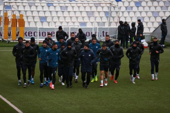 Keçiörengücü'nde Akhisarspor maçının hazırlıkları sürüyor