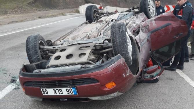Uzman çavuş izin dönüşü kaza yaptı: 4 yaralı