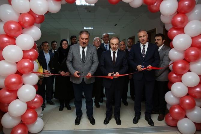 Vali Cüneyt Epcim, STEM atölyesinin açılışını gerçekleştirdi